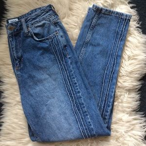 UO BDG mom jeans high waist rise seam pintuck